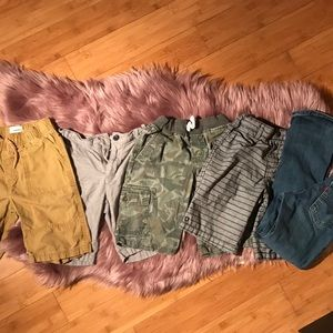 Little boy size 6/7 lot 4 shorts 1 pair of jeans